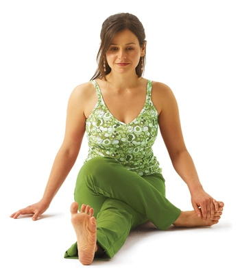 yoga pose modified gomukhaasana